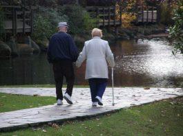 Nỗi buồn của cha mẹ khi về già là gì?